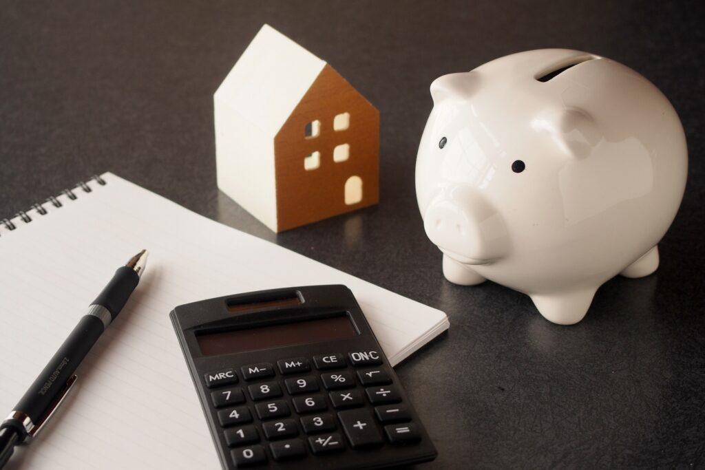 4人家族の生活費の平均ってどれくらい?