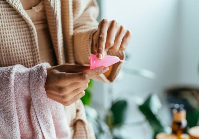 育児や仕事が忙しい人にぴったりの生理用品「月経カップ」を使うメリットとは?