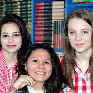 girls-1231383_1280