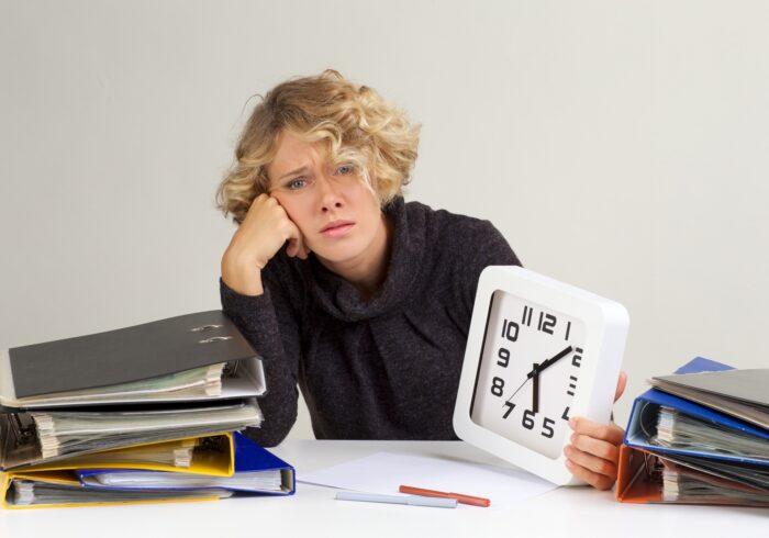 ワーママの1日のタイムスケジュールを公開!時間節約術と活用方法も