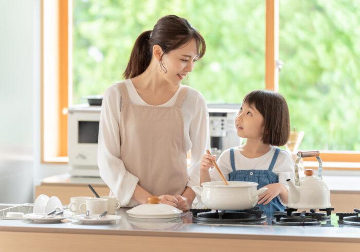 ママが幸せだと子供もうれしい!幸せなママになるための習慣とは?