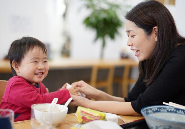 全然食べてくれない!4歳で食べ物の好き嫌いが起こる理由や改善方法
