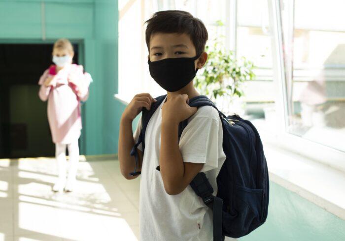 小学生の男の子に起こりがちなトラブルとは?適切な対処法を紹介 ...