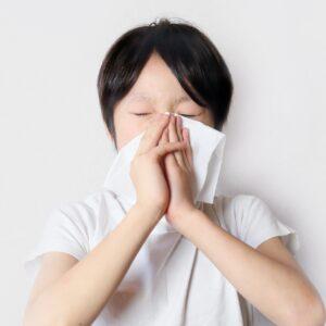 子供の花粉症治療のポイントは?治療薬やセルフケアについて解説
