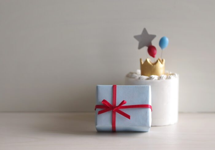 1歳の誕生日プレゼントにおすすめの物は?人気のプレゼントや選び方を解説