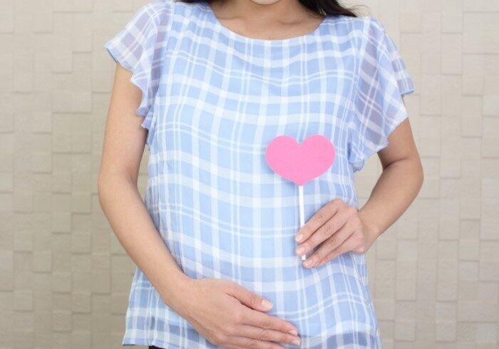 妊婦は便秘になりやすい!その理由と対策、胎児への影響について解説