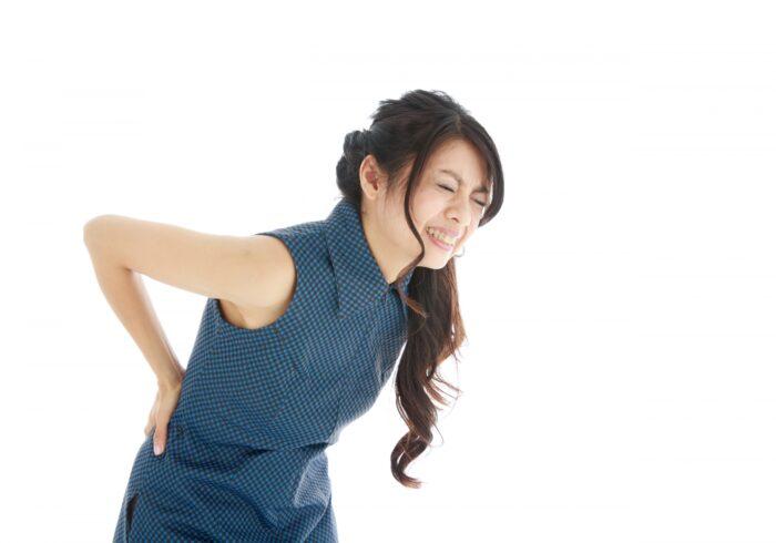 なぜ妊婦で腰痛が起こるの?考えられる原因や対処法を紹介