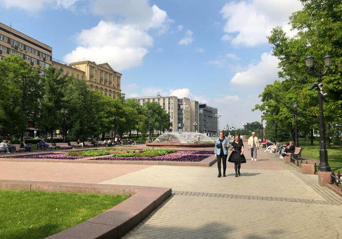 ノーマスク率高めの街のワクチン事情と、コロナ経験者のワクチン接種体験記(ロシア・モスクワより)