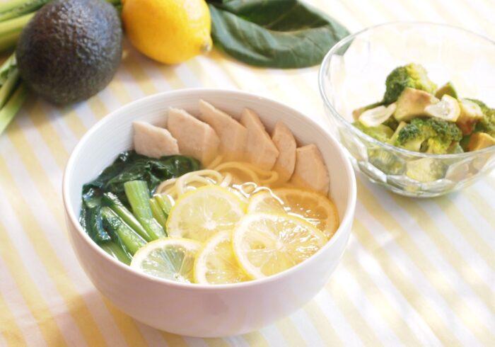 妊娠初期のつわり対応ごはんⅢ つわり軽減に効果あり!? サラダチキンのレモンラーメン