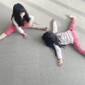 家でも体を動かせる、子供向け室内遊び。運動不足解消の室内遊具も