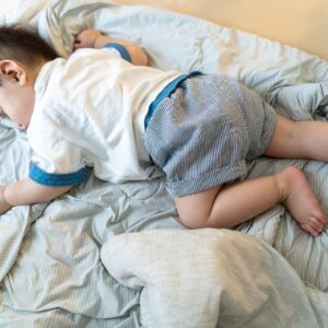 エアコンの温度は〇℃が正解!子供が眠る寝室で冷房を使う時の注意点