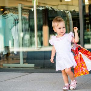 子ども服のサイズの選び方は? 新生児・乳幼児のサイズを解説