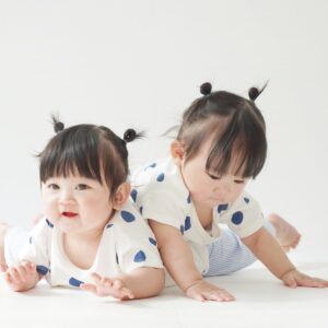 双子確率ってどのくらいなの?遺伝有無や双子を妊娠している兆候