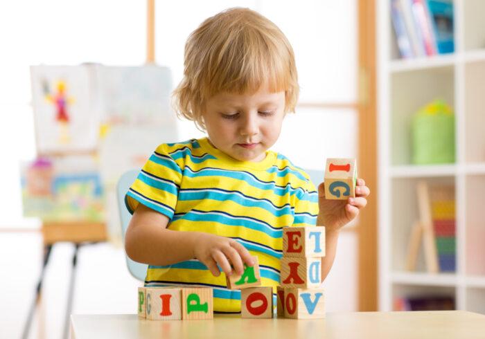 赤ちゃんの英語教育におすすめの動画は? 無料動画5選