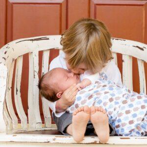 母乳はいつから出るの?1人目と2人目で母乳の出が違うのは本当?