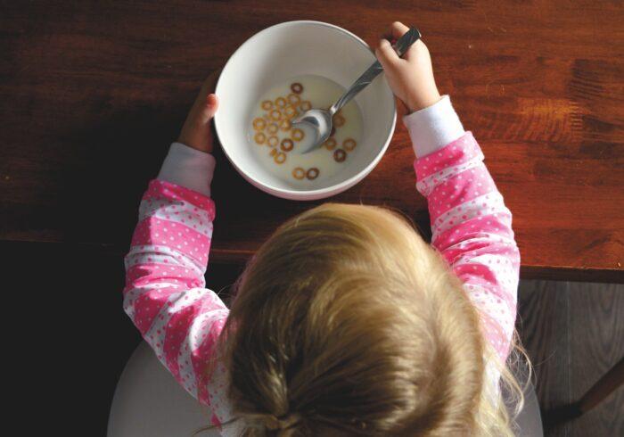 食べ物で夜泣きを防げるって知ってる?原因や対策を解説!